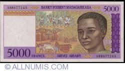 Imaginea #1 a 5000 Franci = 1000 Ariary ND (1995) - semnătură Gaston Ravelojaona