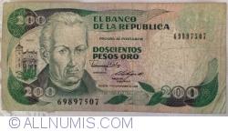 Imaginea #1 a 200 Pesos Oro 1988 (1. XI.)