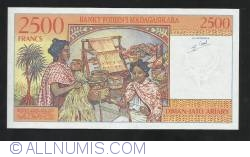 Image #2 of 2,500 Francs = 500 Ariary ND (1998)